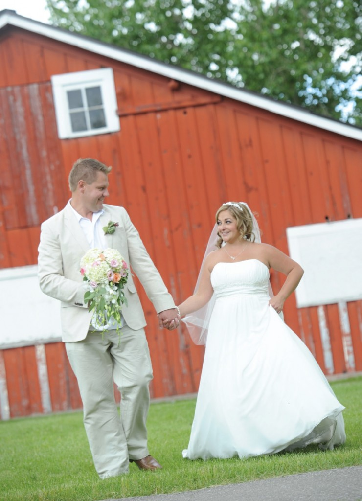 Western Wedding - Photo courtesy of Dani & Chad Thompson