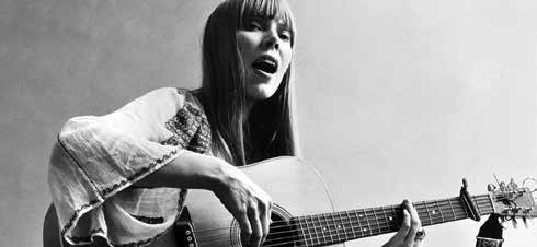 Canadian folk singer-songwriter Joni Mitchell circa 1972